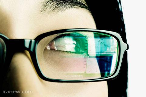 استفاده از عینک آنتی رفلکس هنگام کار با رایانه